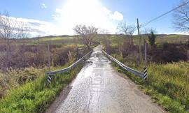 San Severino, la provincia di Macerata dispone la chiusura della strada Rocchetta-Rambona