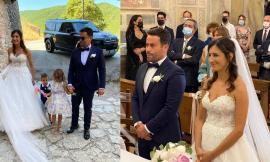 """Fiori d'arancio a Caldarola: Silvia e Lorenzo pronunciano il fatidico """"sì"""""""