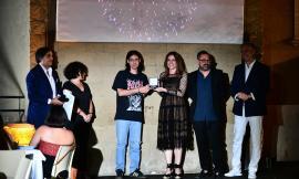 """Macerata, ad un  ginesino il primo premio del concorso giovani stilisti. Landi: """" rivedere la formazione tecnica"""""""