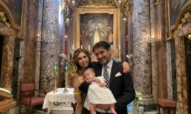 Macerata, il piccolo Pietro Maria riceve il sacramento del battesimo