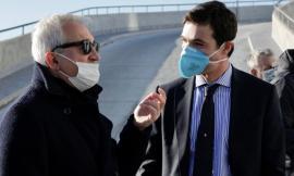 Marche, il presidente Acquaroli riceve la prima dose di vaccino a Civitanova