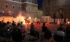 Macerata si tinge d'oro per la Notte dell'Opera: buona l'affluenza nonostante le restrizioni (FOTO)