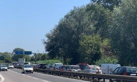 Civitanova, incidente in superstrada: più auto coinvolte, traffico bloccato (FOTO)