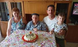 CIvitanova, Alfonso Cestola festeggia 100 anni: grande festa in famiglia
