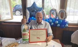 """Festa a Treia per i 100 anni di Gildo Mosca: """"Il Varnelli come segreto di longevità"""""""