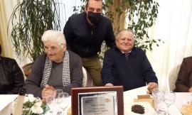 """Treia, 60 anni di matrimonio per """"Pierino"""" e """"Viola"""": gli auguri dell'Amministrazione"""