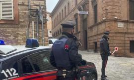 Macerata, report carabinieri: alla guida ubriachi, 85 le multe nel 2021. In 316 al volante senza cintura