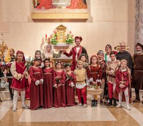 """Tolentino, grande successo per il """"Dono dei Ceri"""" (FOTOGALLERY)"""
