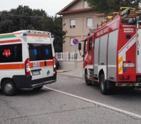 Cingoli, scontro tra auto e camion: tre persone al pronto soccorso