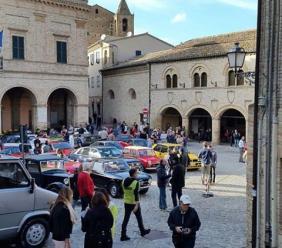Aspettando la Primavera a Montelupone con le auto d'epoca del Campionato Marche 2018
