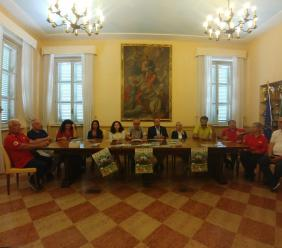 """Con la Croce Rossa per """"curare"""" la montagna ferita"""