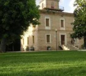 Al Manzoni di Corridonia primo incontro di educazione alla legalità con i Carabinieri
