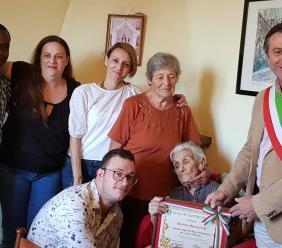 La Città di Corridonia festeggia i 100 anni di nonna Norina