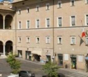 Macerata, firmato il protocollo d'intesa per i cittadini stranieri che richiedono protezione internazionale