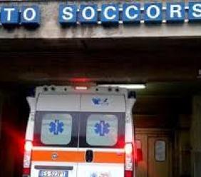 Civitanova, ubriaco trasportato al pronto soccorso: crea panico in sala d'attesa