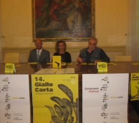 Civitanova, presentate in Comune la ventesima edizione di Carta Canta e la quattordicesima edizione di Giallo Carta