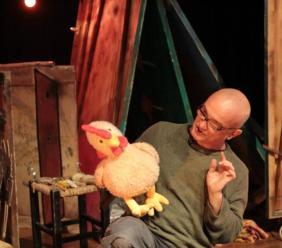 Recanati, con La gallinella rossa, al via la rassegna di teatro per ragazzi