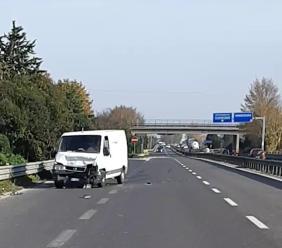 Montecosaro, tamponamento multiplo in superstrada: traffico in tilt