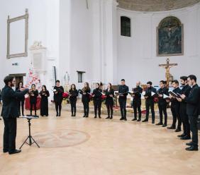 Morrovalle, grande successo per il concerto di Natale del Corazon  Alegre e Solidalcanto (FOTO)
