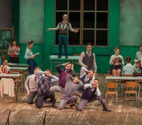 """San Severino, 30 giovani sul palco del Feronia per far rivivere gli anni '60 con """"Cuore Matto"""""""