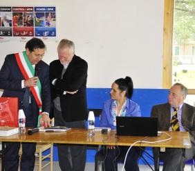 L'Ex Ambasciatore di Polonia in visita agli studenti dell'Istituto A. Gentili di San Ginesio (FOTO)