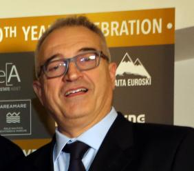 Civitanova, l'Area Vasta 3 sospende Troiani 15 giorni per le frasi choc su facebook