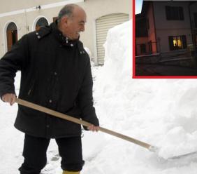 """Montecavallo. Il caso: """"Il Sindaco vive da sempre nella sua casa inagibile"""". Lui si difende: """"Solo nei periodi invernali"""""""