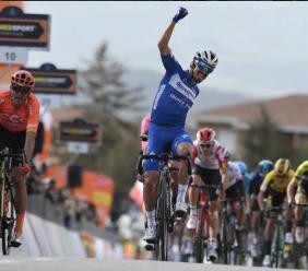 Tirreno-Adriatico, ordine arrivo sesta tappa Matelica-Jesi: Julian Alaphilippe vince in volata