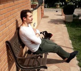 """Macerata, Liceo Classico """"Leopardi"""": Riccardo Brizio vince le Olimpiadi regionali della filosofia"""