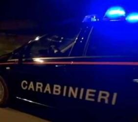Semina il panico in un bar di Corridonia e aggredisce due Carabinieri: nei guai un 27enne