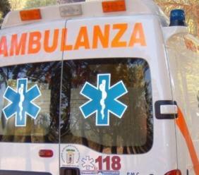 Treia, incidente tra due auto a Chiesanuova: ragazza trasportata in ospedale