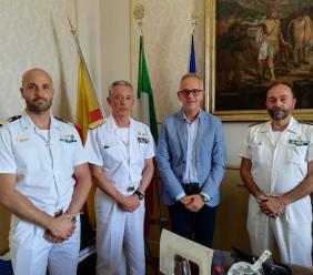 Civitanova, Ciarapica incontra l'ammiraglio e Comandante delle Capitanerie di porto Giovanni Pettorino