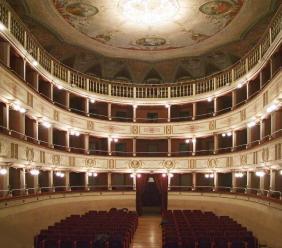 Matelica, riapre a pieno ritmo il Foyer del Teatro Piermarini
