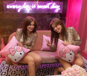 """Morrovalle, le gemelle Feleppa lanciano la nuova collezione """"Hello Kitty"""""""