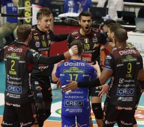 La Lube non si ferma, contro Ravenna soffre ma vince al tie-break (FOTO)