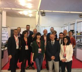 """Terremoto in Albania, il racconto dei produttori maceratesi presenti a Tirana: """"Grande paura, ma stiamo tutti bene"""""""