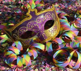 Caldarola, party per tutte le età a Carnevale 2020: musica dal vivo e dj set