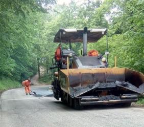 """Strada Provinciale """"Castelraimondo - Camerino"""":  ultimati i lavori di asfaltatura"""