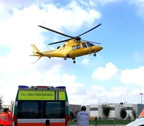 Urbisaglia, incidente sul lavoro: uomo cade da oltre 5 metri, trasportato a Torrette in codice rosso
