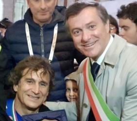 """Corridonia, il messaggio del sindaco ad Alex Zanardi: """"Siamo con te, non mollare"""""""