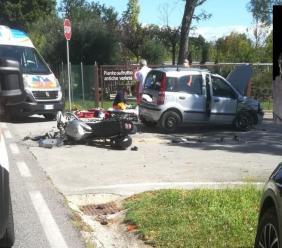 Urbisaglia, tremendo scontro tra auto e moto lungo la Statale: muore Aliberto Sagretti (FOTO)