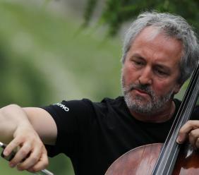San Ginesio, Mario Brunello in concerto al Chiostro del Convento di Sant'Agostino