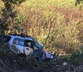 Corridonia, sbanda con l'auto e rimane incastrato tra le lamiere: trasportato a Torrette in gravi condizioni (FOTO)