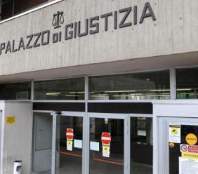 """Sequestro a Monte San Giusto, il turista inglese: """"Mi colpivano con calci, pugni e scariche elettriche"""""""