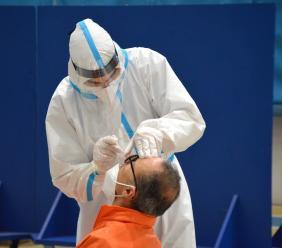 Prima giornata di screening al Lanciano Forum, più di 1300 test eseguiti: un caso positivo