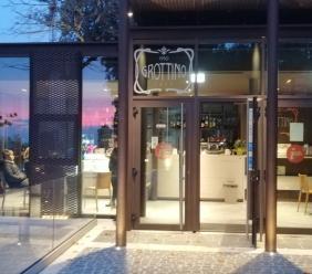 """""""Recanati trattata come salotto personale"""": Fratelli d'Italia attacca la Giunta sul Grottino Cafè"""