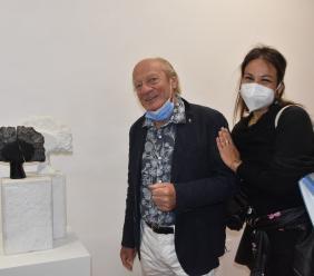 La Galleria d'arte 'Puccini' ospita gli scultori delle Marche: tra loro i maceratesi Perfetti e Del Bianco