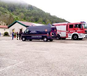 Colfiorito, artificieri in azione dopo un colpo mancato allo sportello bancomat: indagano i Carabinieri