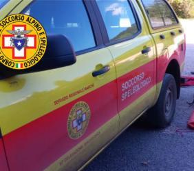 Cade con la mountain bike nei pressi del lago di Boccafornace: soccorso 35enne di Pieve Torina