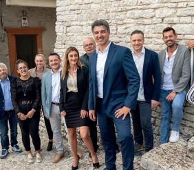 """Presentata la lista """"Esanatoglia Domani"""" del candidato sindaco Andrea Cipolletta"""
